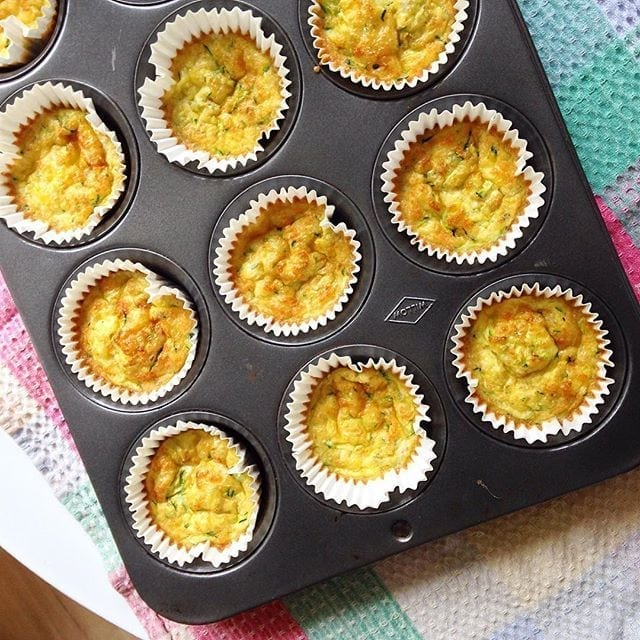 Cheesy Baked Quinoa and Zucchini Cups